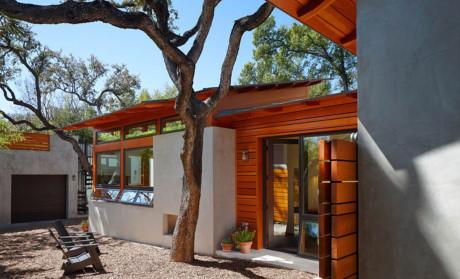 Nhà cấp 4 đẹp độc lạ nhờ sự kết hợp giữa gỗ và bê tông