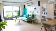 Căn hộ 73m² thoáng đãng, ngập tràn màu xanh cây cỏ ở trung tâm Sài Gòn