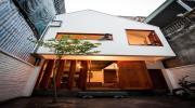 Vợ chồng trẻ Hà Nội xây nhà 2 tầng chỉ với 15 nghìn USD khiến ai nấy đều mê tít