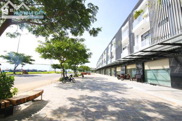 Bán nhà phố kinh doanh Mê Linh giao đường Nguyễn Lương Bằng giá 2,9 tỷ/căn