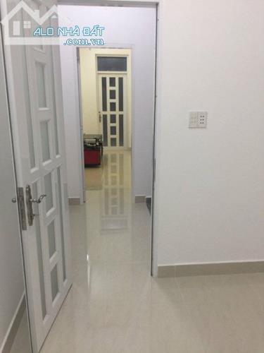 Bán Gấp Nhà 3 Tầng 4PN ( 3,2 x 8,5) Tại Lê Văn Lương giá 1,19 tỷ SHR Ngay UBND xã Nhơn Đức