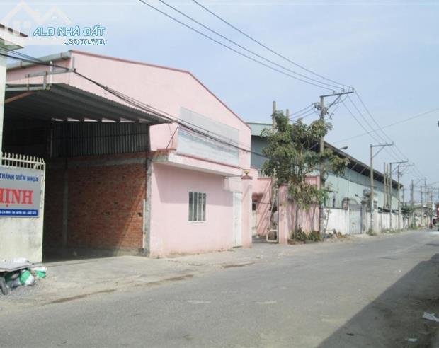 Bán 2 nhà xưởng đường Hương Lộ 2, Bình Tân, dt 50x51, giá 70 tỷ