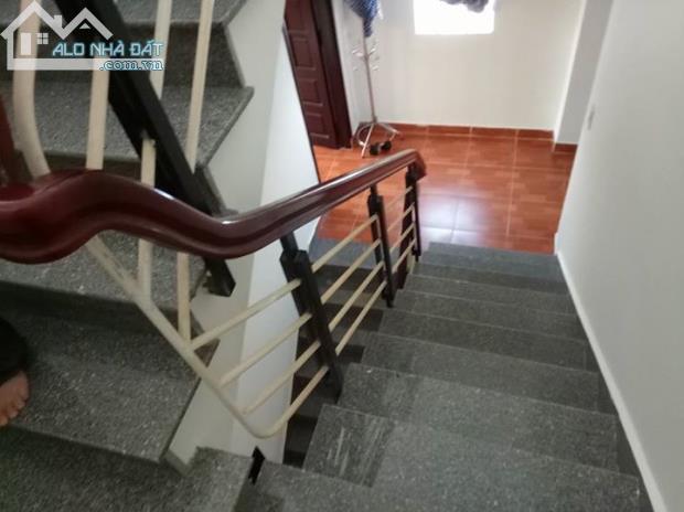 Nhà mặt tiền đường Đoàn Nguyễn Tuấn 4x15m giá 580 triệu ,1 trệt + 1 lầu.SHR,nhà mới NT đẹp - 1