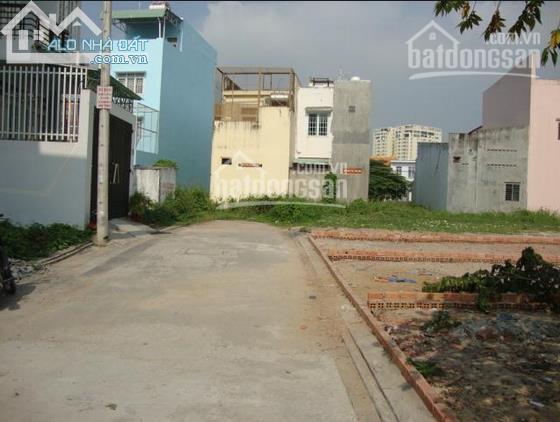 Bán nhà cho người thu nhập thấp ở ngã ba Lò Lu, DT 4*8m=700tr. 0984 499 661