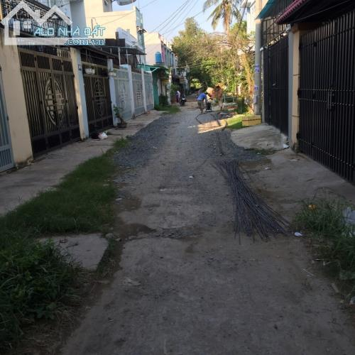 Nhà Mới 1 lầu 3 phòng ngủ ngã tư ga shr 4x16 khu dân cư đông ngay chợ cầu đồng