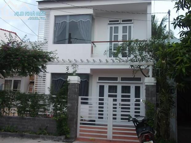 Bán nhà đẹp mặt tiền Trần Não,dt 5x17,đúng gía 5,8 tỷ sang sổ nhanh.
