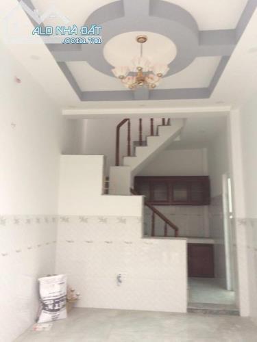 Kẹt tiền trả nợ tết bán gấp căn nhà đúc 3 lầu Tân Tạo A- Bình Tân 0905.05. 6498