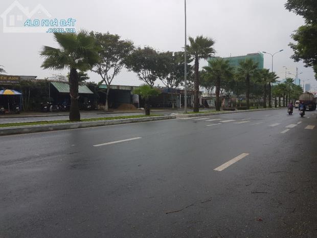 Cần Tiền bán Lô Đất Thương Mại Dịch Vụ 2200 m2,đường Chu Huy Mân– Sơn Trà– Đà Nẵng