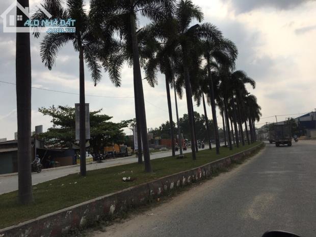 Bán đất mặt tiền  với giá ưu đãi ngay trung tâm Q.2.TP. Hồ Chí Minh